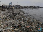 Jorok! Ini Penampakan Sampah di Pantai Kalibaru Cilincing
