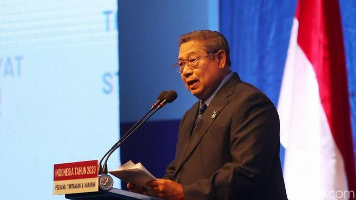 Ketum Partai Demokrat Susilo Bambang Yudhoyono (SBY) menyampaikan pidato refleksi akhir tahun di JCC, Jakarta (detkFoto/Agung Pambudhy)