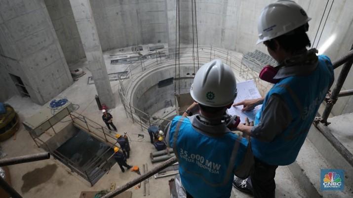 Presiden Jokowi mengeluarkan PP yang mendorong pekerja Indonesia lebih kompeten.