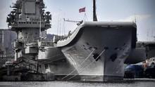 Kapal Induk Rusia Terbakar di Pelabuhan, Satu Pekerja Hilang