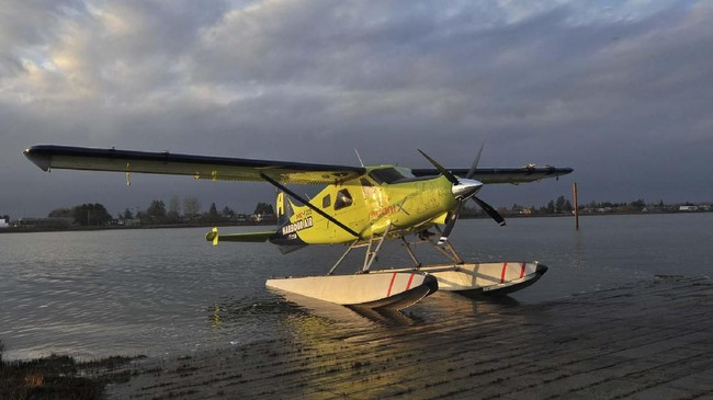 Pesawat listrik menggunakan satu baling di depan. Tidak disebutkan secara detail spesifikasi teknis pesawat ini. (Photo by Don MacKinnon / AFP)