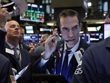 Abaikan China-AS yang Memanas, Pekan Ini Wall Street Hijau