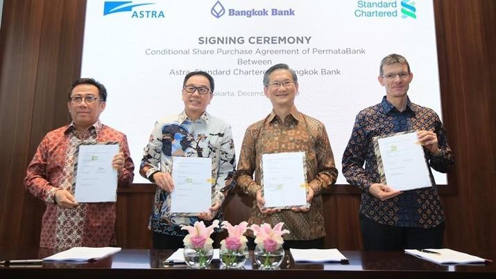 Standard Chartered & Astra Teken Perjanjian Jual Beli Saham PermataBank Dengan Bangkok Bank (Dok. Astra International )