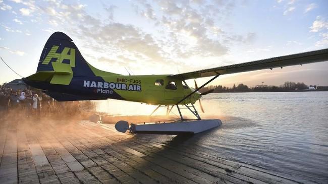 Pesawat bertenaga listrik ini harus diuji terlebih dahulu untuk memastikan itu aman digunakan secara komersial. Selama itu motor listrik harus disetujui dan disertifikasi oleh regulator. (Don MacKinnon/AFP)
