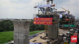 Pengamat: Proyek Kereta Cepat Jorok, Tutup Drainase Jalan