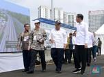 Jokowi Sidak Stasiun TMII Pagi Ini, LRT Siap Beroperasi 2022!