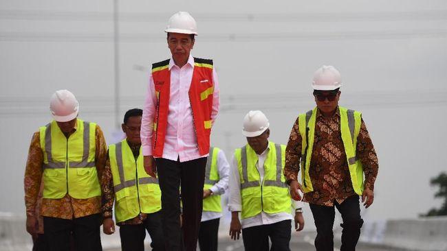 Jokowi Jamin Kereta Cepat Jakarta-Bandung dan LRT Kelar 2021