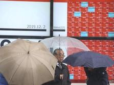 Ekonomi China Positif, kok Indeks Shanghai Merah Sendirian?