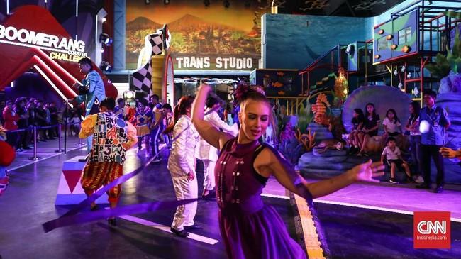 Trans Studio Bali, taman rekreasi indoor berkelas dunia, berlokasi di Trans Studio Mall Bali, Jalan Imam Bonjol No 440 Denpasar. (CNNIndonesia/Safir Makki)