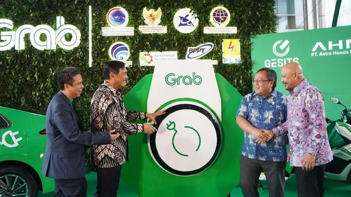 Grab, hari ini meluncurkan Roadmap Ekosistem Kendaraan Listrik dengan tujuan untuk mempercepat adopsi EV di Indonesia.