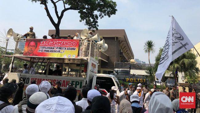 Massa 212 Ancam Demo Lagi Jika 15 Hari Sukmawati Tak Diproses
