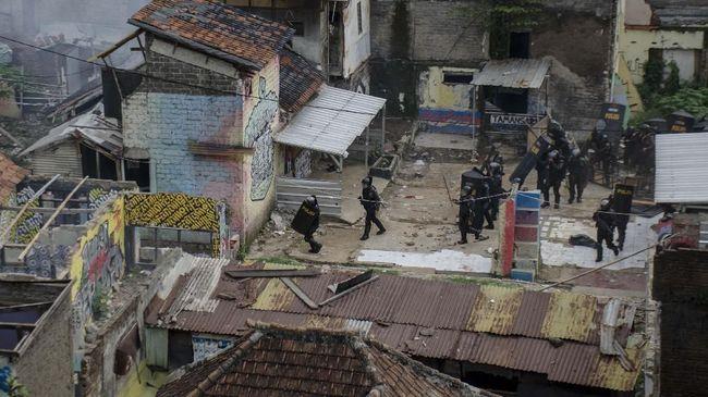 25 Polisi Diperiksa Terkait Kekerasan di Tamansari Bandung