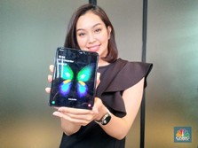 Penampakan Ponsel Sultan Samsung Galaxy Fold Rp 30 Jutaan