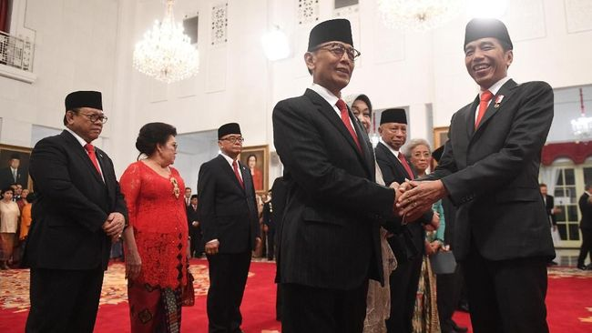 Wantimpres Ingin Beda Nasihat ke Jokowi soal Omnibus Law