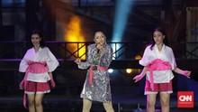 Siti Badriah Tutup HUT Transmedia dengan 'Goyang Nasi Padang'