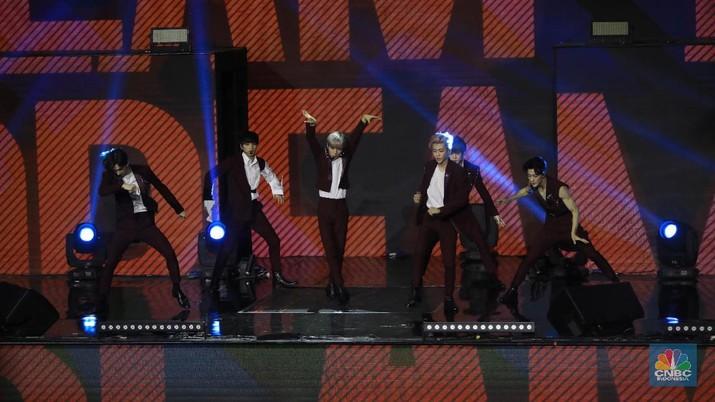 NCT Dream di HUT Transmedia ke 18 di Trans Studio Cibubur, Sabtu 14/12/ (CNBC Indonesia/Andrean Kristianto)