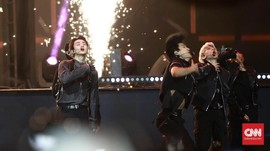 FOTO: EXO dan Semarak Puncak HUT 18 Transmedia