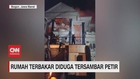 VIDEO: Rumah Terbakar Diduga Tersambar Petir