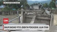 VIDEO: Banjir Bandang Putus Jembatan Penghubung Jalan Utama