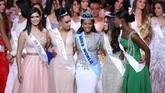 Singh menjadi perempuan keempat asal Jamaika yang meraih titel Miss World.(DANIEL LEAL-OLIVAS / AFP)