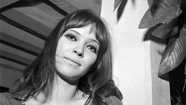 Legenda Film New Wave Prancis, Anna Karina, Tutup Usia