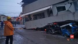 VIDEO: Bocah Tewas akibat Gempa M 6,8 di Filipina