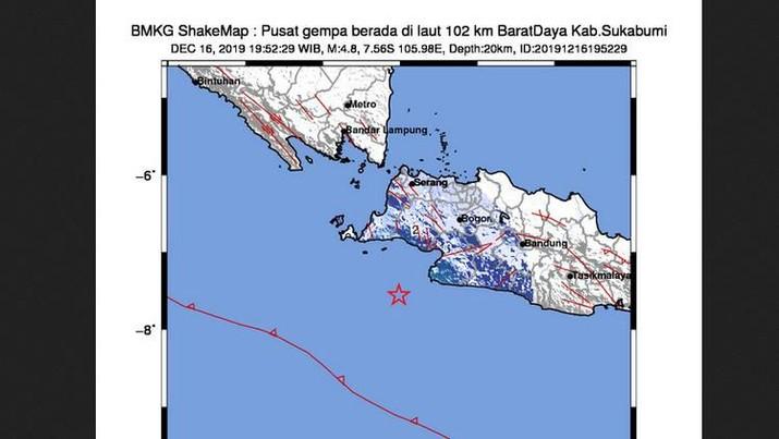 BMKG baru saja merilis gempa sebesar Magnitudo 4,8. Pusat gempa berada di laut 102 km Barat Daya, Kabupaten Sukabumi.