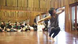 Garin Gandeng Inspirasi Kucumbu Tubuh Indahku ke Pementasan