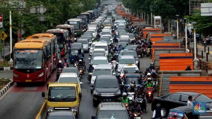 Sabar Ibukota Masih Berbenah, Jangan Pucet Lihat Jakarta Macet. (CNBC Indonesia/Muhammad Sabki)