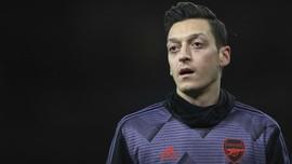 Ozil Absen Bela Arsenal di Liga Europa