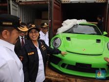 Gaya Sri Mulyani Gagalkan Penyelundupan Porsche Cs di Priok