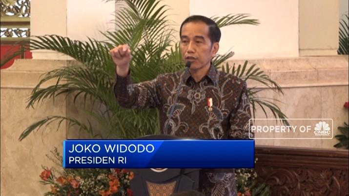 Bolak-balik di bulan ini, Presiden Joko Widodo mengungkapkan kekesalannya soal impor minyak dan gas yang dilakukan Indonesia.
