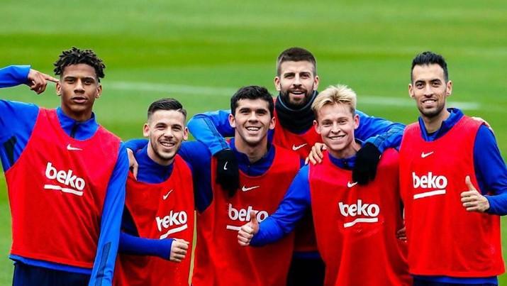 Pertandingan Liga Champions Eropa antara Barcelona dan Napoli akan dilakukan tanpa penonton