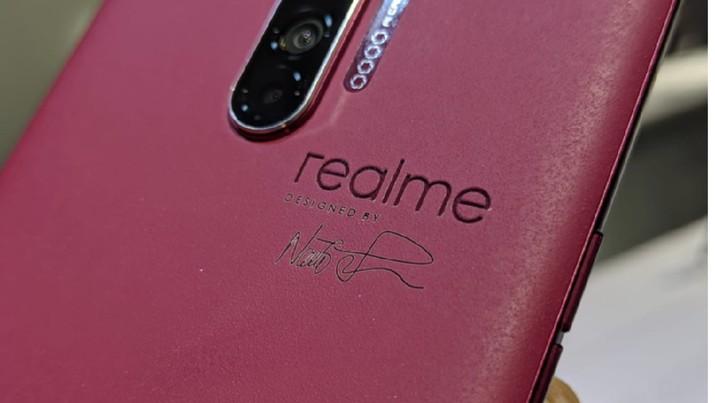 Android 10 ternyata sudah bisa dinikmati sebagian pengguna ponsel Realme. Pengguna Realme XT,Realme 3 Pro, Realme X dan Realme 5 Pro sudah mencicipinya.