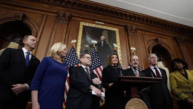 DPR AS Akhirnya Kirim Berkas Pemakzulan Trump ke Senat