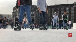 VIDEO: Meksiko Buat Gelanggang Es Ramah Lingkungan
