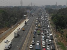 H-4 Natal, Ini Penampakan Kemacetan Tol Japek
