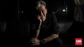 Cerita Persona Ganda Fariz RM dan Ramalan Chrisye