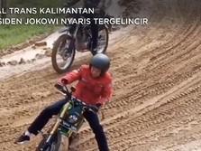 Hati-Hati Pak! Jokowi Nyaris Tergelincir dari Motor Touring