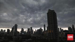 BMKG Prakirakan Hujan Angin Disertai Petir di Jakarta