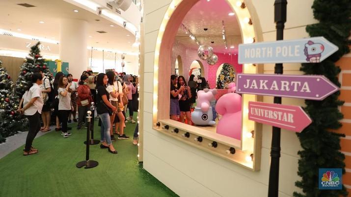 Kabar baik untuk para penggemar BTS, koleksi kartun BT21 pertama kalinya hadir di Indonesia. Bisa foto-foto bareng.