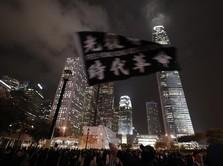 Rusuh! Pendemo & Polisi Hong Kong Bentrok hingga Larut Malam