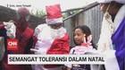 VIDEO: 'Sinterklas' Beri Kejutan Untuk Jemaat Gereja di Solo