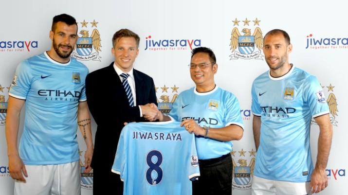 Sudah berkinerja jelek, Jiwasraya bantu sponsor Manchester City.