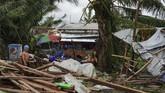 Lembaga bencana Filipina mengungkapkan korban tewas berasal dari Visayas, Filipina. Sementara bencana serupa juga menerjang Borocay, Coron, dan sejumlah destinasi wisata populer lainnya.(Photo by Bobbie ALOTA / AFP)