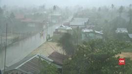VIDEO: Topan Phanfone Terjang Filipina Saat Natal