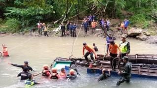 Selidiki Insiden Bus Sriwijaya, Polri Tunggu Evakuasi Selesai