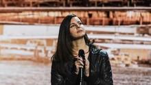 Kehabisan Suara, Lana Del Rey Batal Tur Konser Eropa-Inggris