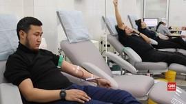 VIDEO: Warga Kazakhstan Donor Darah Bagi Korban Pesawat Jatuh