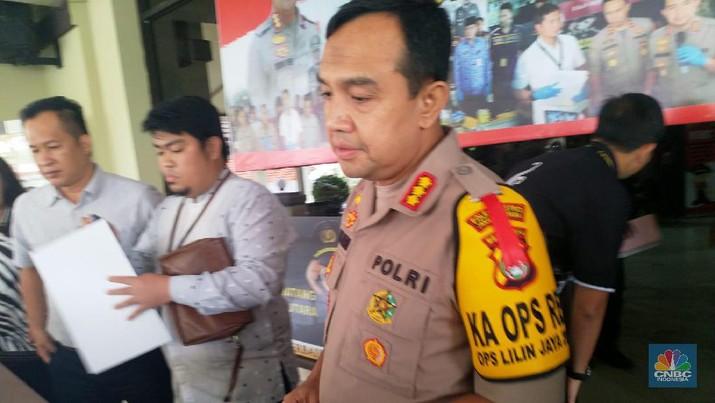 Foto/Fintech Ilegal (CNBC indonesia/Arif Budiansyah)